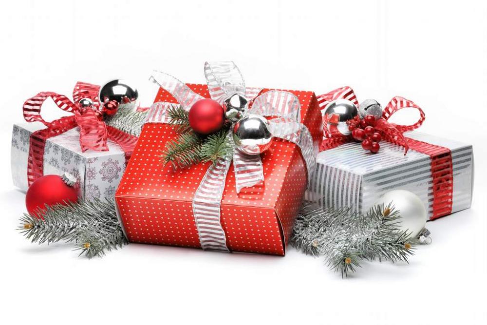 Скидки и подарки весь декабрь и январь каждому клиенту! - Акции на пластиковые окна - VEKA Trade