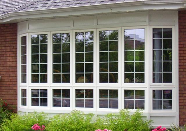 Окна с фальшпереплетом фото